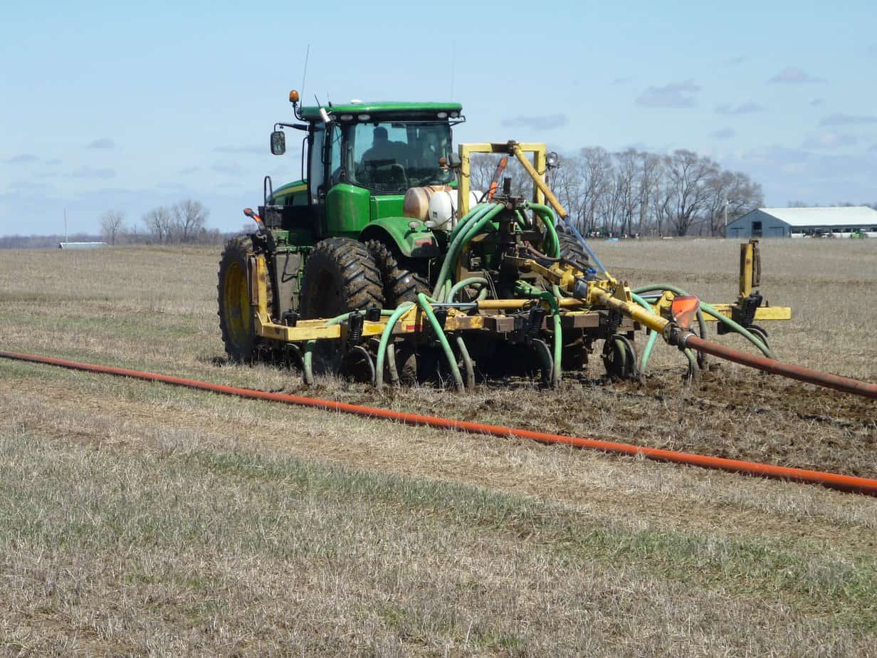 Manure application on a field